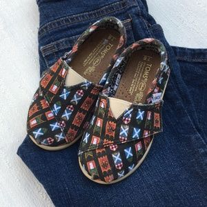Disney Limited Edition TOMS Size 6T